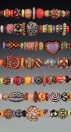 porcelain beads - great color combos and designs - eye candy! - by Joan Miller of MillerPorcelain (use for fimo bead ideas) Polymer Clay Kunst, Polymer Clay Projects, Polymer Clay Creations, Polymer Clay Beads, Lampwork Beads, Ceramic Beads, Beaded Beads, Motifs Perler, Paper Beads