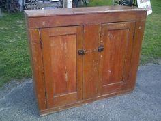 Petite armoire en bois style antique commodes armoires for Kijiji longueuil meuble