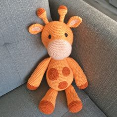 Crochet Toy Patterns Ginnie the Giraffe Amigurumi Pattern - The other animals on the savanna look up to Ginnie, and not just because of her height!) She's ultra-cuddly and makes a great friend. Crochet Giraffe Pattern, Crochet Snowflake Pattern, Crochet Animal Patterns, Stuffed Animal Patterns, Crochet Patterns Amigurumi, Crochet Animals, Crochet Dolls, Cute Crochet, Crochet Projects
