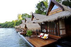Floating Resort: Luxury floating hotel in Kanchanaburi,Thailand. Enjoy a memorable experience of sleeping on the River Kwai in your private villa surrounded by peaceful nature. Thailand Adventure, Thailand Travel, Places To Travel, Places To Go, Floating Hotel, Floating River, Top Hotels, City Beach, Beach Resorts