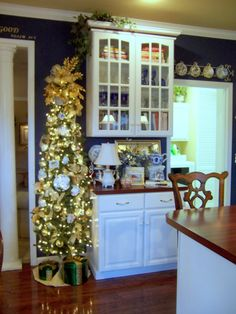 [love a tree in different rooms of the house] ... I agree - no such thing as too many trees