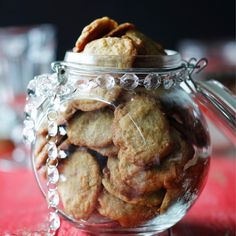 Kermakarkkicookiet | Maku Finnish Recipes, Sweet Bakery, No Bake Cookies, Baking Cookies, Desert Recipes, Cinnamon Rolls, Christmas Cookies, Cookie Recipes, Biscuits