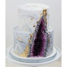 Rock Candy Strings - Purple: 5LB Box | CandyWarehouse.com Bolo Geode, Geode Cake, Beautiful Cakes, Amazing Cakes, Bolo Laura, Buckwheat Cake, Apple Smoothies, Cake Trends, Cake Tasting