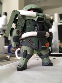 """Iyo08 on Twitter: """"原型:けろよんさん@keroyon0029 のザクを完成させました‼️ 10日で、出来るか不安でしたが、完成してよかったです😊 配色は3パターン考えていたのですが、今回は量産型です。また塗りたいですね さぁ静岡への準備しないと‼️… """" Vinyl Figures, Action Figures, Gundam Toys, Gundam Custom Build, Figure Poses, Mecha Anime, Lego Bionicle, Artwork Images, Gundam Model"""