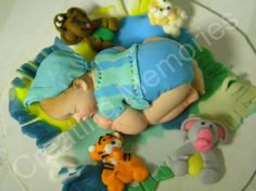 Baby with Animal Friends/Fondant Cake Toppers/Baptism por anafeke