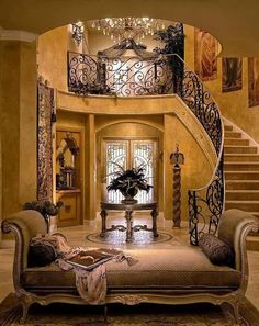 Tuscan design – Mediterranean Home Decor Style Toscan, Style Deco, Style At Home, Foyer Decorating, Tuscan Decorating, Decorating Tips, Beautiful Interiors, Beautiful Homes, Flur Design