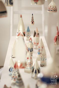 An experimental journey of the multidisciplinary illustrator Madalina Andronic through the awesome milky-silky world of porcelain, with a touch of Romanian folklore. Ceramic Decor, Ceramic Pottery, Pottery Art, Ceramic Art, Diy Christmas Gifts, Christmas 2016, Christmas Ideas, Play Clay, Ceramic Figures