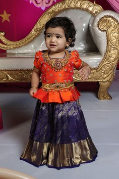 Jewerly Desing Trends Style Ideas Source by Blouses Kids Party Wear Dresses, Kids Dress Wear, Kids Gown, Dresses Kids Girl, Kids Wear, Baby Dresses, Birthday Dresses, Baby Girl Lehenga, Kids Lehenga