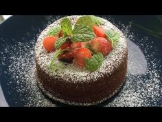 Lava cake with mint and strawberries (recipe step by step) How To Make Lava, Snack Recipes, Snacks, Tasty, Yummy Food, Lava Cakes, Recipe Steps, Strawberry Recipes, Cheesecake