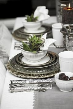 Black & White Holiday Decor.  Visit the story at kristinriccio.com