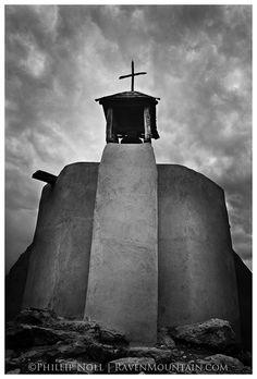 The small chapel of La Morada de la Conquistadora at El Rancho de las Golondrinas just south of Santa Fe