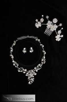 Grand Flower Shaped Alloy Wedding Bridal Jewelry Set(Including Tiara, Necklace and Earrings)-HC