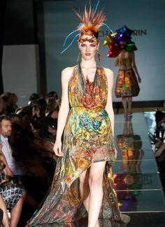 This dress, is made of kombucha culture! Kombucha Couture | Sacha Laurin