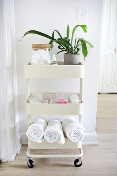 DIY Ikea bathroom cart # diy bathroom hacks 10 IKEA Hacks That Were Made for Small Bathrooms Bathroom Cart, Ikea Bathroom Storage, Bathroom Storage Solutions, Bathroom Hacks, Bathroom Ideas, Budget Bathroom, Organized Bathroom, Bathroom Designs, Bathroom Inspiration