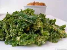 Garlic Kale Chips - The BEST raw vegan kale chips you will ever taste. If you love garlic you will devour these!