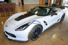 2018-corvette-carbon-addition-national-corvette-museum-003.jpg 640×426 pixels