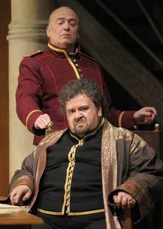"Struckmann return boosts Lyric Opera's ""Otello"""