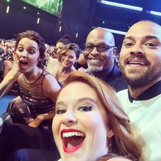 Pin for Later: Cute Costar Alert! These Stars Showed Castmate Love at the People's Choice Awards The Grey's Anatomy Cast Jesse Williams snapped a selfie with a few of his Grey's Anatomy costars, Sarah Drew, Ellen Pompeo, Camilla Luddington, and James Pickens Jr.