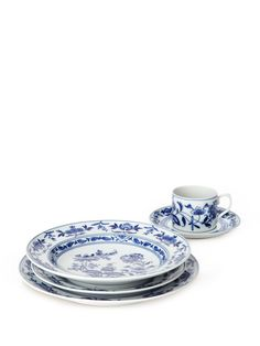 Margao Place Setting (5 PC) by Vista Alegre at Gilt