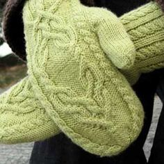 Magic Mirror Mittens by Kristel Nyberg