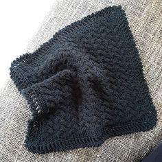 Arliana's - Hverdagens små fornøjelser: Klud 13 Neck Warmer, Knitted Hats, Diy And Crafts, Knit Crochet, Knitting Patterns, Diys, Winter Hats, Crafty, Stitch