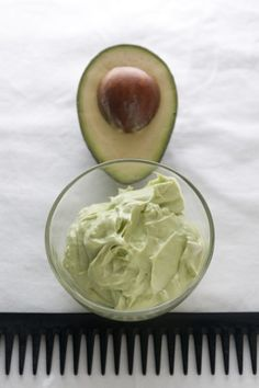 http://hairtreatmentstalk.com 1 avocado (peeled)+1 egg yolk+1 tablespoon jojoba oil (apply to freshly shampooed hair).Combine all ingredients together in a bowl until smooth. Massage mixture into scalp and hair. Leave in for 20 minutes. Rinse out with conditioner and style as usual.