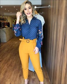 business casual outfits young professional Dress for Success Office Outfits Women, Komplette Outfits, Casual Work Outfits, Business Casual Outfits, Work Attire, Classy Outfits, Business Fashion, Outfit Office, Summer Outfits