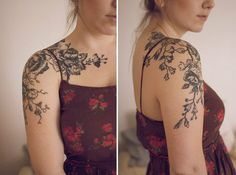 Black line flower tattoo