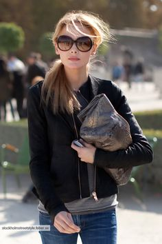 Love the grey bag www.focalglasses.com Best Vision in The World!