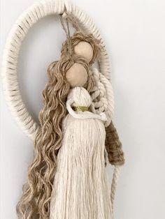 Macrame Plant Hanger Patterns, Macrame Patterns, Sisal, Family Ornament, Cotton Crafts, Witch Decor, Burlap Crafts, Pregnancy Gifts, Macrame Design