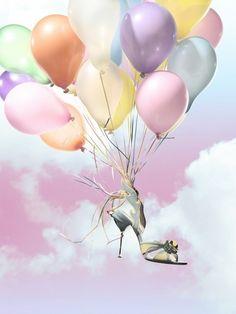 #Zapato#attado#a#globos http://globos.que-regalar.eu/