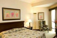 The Hotel Alvalade is a large, stylish hotel which opened in 2002 in the capital of Angola. Clean Bed, Extra Bed, Business Centre, Welcome Decor, Modern Room, 4 Star Hotels, Front Desk, Hotel Offers, African