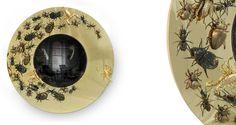 """9 Sommertrends von Goldspiegel   Golden Spiegel - Metamorphosis von Boca do Lobo. Insekten errinern uns aus """"Die Verwandlung"""" von Franz Kafka   http://wohn-designtrend.de/   #goldspiegel #wohnzimmerdesign #luxumobel #einzigartigspiegel"""