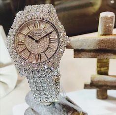 Diamond are a girls best friend but we do love all things shiny and lots of bling bling Luxury Jewelry, Gold Jewelry, Jewelry Box, Jewelry Watches, Jewelry Accessories, Fine Jewelry, Jewellery, Diamond Are A Girls Best Friend, Luxury Watches