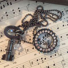 Vintage key Bee