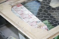 How to install decorative chicken wire onto cabinet doors. Hutch Makeover, Furniture Makeover, Refurbished Furniture, Repurposed Furniture, Refurbished Cabinets, Furniture Projects, Diy Furniture, Farmhouse Furniture, Painted Furniture