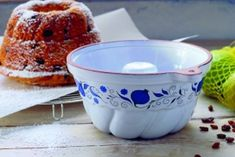 Bábovky ako od babičky Tableware, Basket, Dinnerware, Tablewares, Dishes, Place Settings