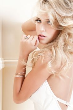 Luisana Lopilato (born: May 18, 1987, Buenos Aires, Argentina) is an Argentinian actress, model and singer. She has appeared in the television series Chiquititas, Rebelde Way, Alma Pirata, Casados con Hijos and Atracción x4. She is a model and a former member of the Argentine band Erreway.