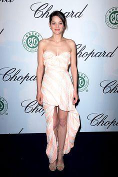 Marion Cotillard en un look de Vivienne Westwood en el luncheon de Chopard en el Festival Internacional de Cine Cannes