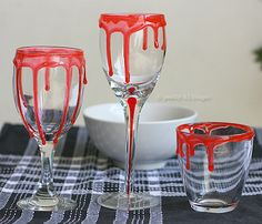 Halloween Party Idea: Bloody Glasses for your Halloween Party - The Peach Kitchen