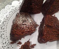 Κέικ σοκολάτα με κρέμα τυριού Food Categories, Muffin, Food And Drink, Bread, Cookies, Chocolate, Breakfast, Cake, Desserts