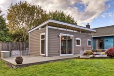 The Different Greatest Alternative of prefab tiny house kits for Your View — Design Roni Young Prefab Tiny House Kit, Prefab Shed Kits, Tiny House Kits, Tiny Houses, Guest House Shed, Backyard Guest Houses, Backyard Cottage, Backyard Buildings, Prefab Cottages