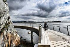 """Bicycle… Sydney Harbour Bridge, Bridges, Bicycle, Architecture, Instagram Posts, Projects, Travel, Arquitetura, Log Projects"