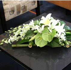 Arreglo de Flores para Mesa de Juntas