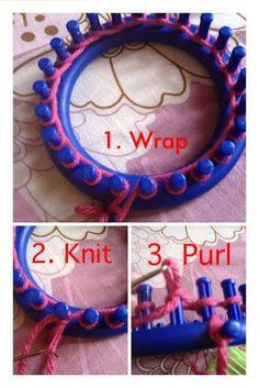 Fun: Tutorial: How to loom knit gloves Crochet.Fun: Tutorial: How to loom knit gloves Crochet.Fun: Tutorial: How to loom knit gloves Loom Knitting For Beginners, Round Loom Knitting, Loom Knitting Stitches, Spool Knitting, Knifty Knitter, Loom Knitting Projects, Yarn Projects, Knitting Club, Circle Loom