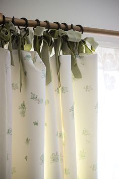 Tutorial @ Laura Ashley Blog - MAKE and DO: JODIE'S LINED CURTAINS WITH RIBBON TIE