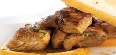 Carne de Vinha d'Alhos à Moda da Madeira | Chef Continente Portuguese Recipes, Portuguese Food, Chefs, Marinated Pork, Turkey, Meat, Chicken, Drink, Skinny Pig