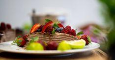 Tortiljatort marjade ja šokolaadiga   Santa Maria Santa Maria, Waffles, Strawberry, Fruit, Breakfast, Food, Holy Mary, Meal, Essen