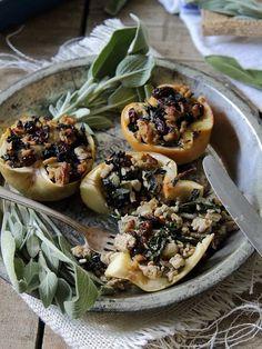 Stuffed Apples with Turkey, Sage, Raisins and Kale by runningtothekitchen #Apples #Turkey #Sage #Raisin #Kale #Healthy
