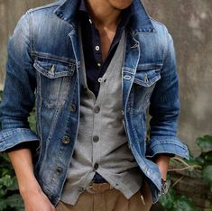 Men's Blue Denim Jacket, Grey Cardigan, Navy Long Sleeve Shirt, Khaki Chinos Mode Outfits, Casual Outfits, Men Casual, Denim Jacket Men Style, Denim Man, Navy Jacket, Denim Shirt, Outfits With Grey Cardigan, Mens Grey Cardigan